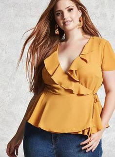 Plus size surplice wrap top forever 21 plus blusas Plus Size Looks, Curvy Plus Size, Moda Plus Size, Plus Size Jeans, Plus Size Fashion For Women, Curvy Women Fashion, Plus Size Womens Clothing, Size Clothing, Womens Fashion