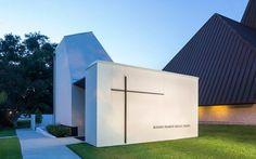 St. Pius Chapel and Prayer Garden,© Will Crocker