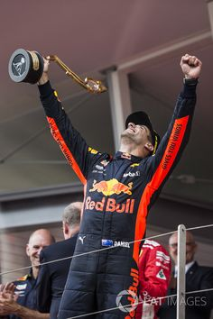 Race winner Daniel Ricciardo f9fe8c61cd6