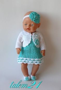 18 trendy ideas for baby born crochet clothes Baby Born Clothes, Pet Clothes, Crochet Doll Clothes, Doll Clothes Patterns, Girl Dolls, Baby Dolls, Kate Baby, Baby Girl Crochet, Baby Vest