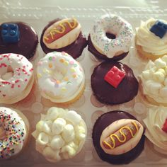 Custom Cupcakes from the Wedding Cake Shoppe