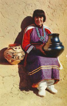 María Martínez, Tewa Pueblo potter → For more, please visit me at: www.facebook.com/jolly.ollie.77
