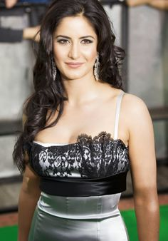 Bollywood popular actress Katrina Kaif hot picture and wallpaper gallery. Best hot image of actress Katrina Kaif. Bollywood Actress Hot Photos, Indian Actress Hot Pics, Indian Bollywood Actress, Beautiful Bollywood Actress, Most Beautiful Indian Actress, Beautiful Actresses, Photos Of Katrina, Katrina Kaif Images, Katrina Kaif Hot Pics