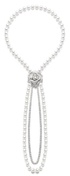 Piaget Rose - Limelight Garden Party neck-chain in 18K white gold set with 409 brilliant-cut diamonds (approx. 22.22 cts) and 86 white pearls. Via The Jewellery Editor.