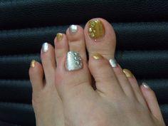 Gold & silver Nail Art Design