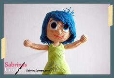 Joy Inside Out Free Amigurumi Crochet Pattern. she has the rest of the characters - Amigurumi Crochet Gratis, Cute Crochet, Crochet For Kids, Crochet Dolls, Crochet Baby, Amigurumi Patterns, Amigurumi Doll, Knitting Patterns Free, Crochet Patterns