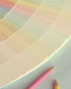 pastel rainbow Pastel Pencils, Colored Pencils, Soft Colors, Pastel Colors, Soft Pastels, Pastel Party, Pastel Palette, Color Pencil Art, Pastel Shades