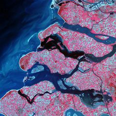 Satellite images acquired by Landsat 7