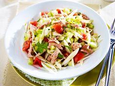 Kalorienarme Abendessen bieten eine einfache Möglichkeit zum Abnehmen. Unsere Rezepte helfen Ihnen dabei und sind obendrein gesund und lecker.