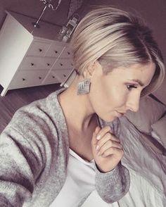 """262 Likes, 17 Comments - Katharina (@kathii_l) on Instagram: """"Mal wieder sehr begeistert von meinen Haaren ✂️ Danke @meinsalonjz #shorthair #shorthairdontcare…"""""""
