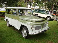 We previously featured an article about Rural Willys Wagons built in Brazil from 1958 to 1977. Here is a few Rural Willys wagons and a truck at a local Brazil car show.