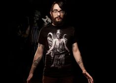 I've Forgotten Why I Shouldn't Blink T-Shirt - http://www.theshirtlist.com/ive-forgotten-why-i-shouldnt-blink-t-shirt/