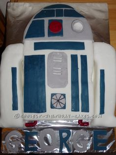 Cool R2-D2 Birthday Cake... This website is the Pinterest of homemade birthday cakes