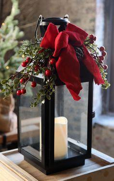 christmas lanterns Black Metal Christmas Candle Lantern - With Ribbon Boxwood and Berries Black Christmas Decorations, Christmas Door, Christmas Lights, Christmas Wreaths, Christmas Crafts, Christmas Ornaments, Holiday Decor, Christmas Time, Christmas Candles
