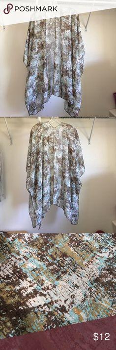 NWOT- Kimono Wrap, brown/green/cream NWOT- Kimono Wrap, brown/green/cream colors. Sheer material, OS (one size), Feira mode brand, polyester. Feira Mode Other