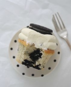 Oreo cupcakes by Passion for Baking| They look delicious!