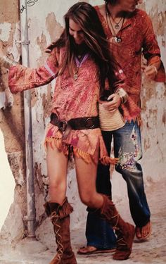 Bohemian style gypsy fringe tunic top with leather belt modern hippie suede fringe boots. For the BEST BoHo CHic fashion trends FOLLOW--http://www.pinterest.com/happygolicky/the-best-boho-chic-fashion-bohemian-jewelry-gypsy-/ now