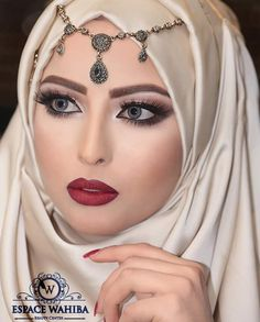 Wedding Day Wedding Planner Your Big Day Weddings Wedding Dresses Wedding bells Makeup Beautiful Muslim Women, Beautiful Hijab, Beautiful Indian Actress, Most Beautiful Faces, Beautiful Girl Image, Beautiful Eyes, Hijab Fashion, Fashion Beauty, Wedding Hijab Styles