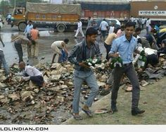 The happiest accident: The scene after a liquor truck accident on Jaipur Ajmer road