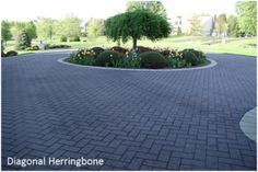 Driveway Impressions decorative stamped asphalt driveways and imprinted asphalt driveways, photos and information Circle Driveway Landscaping, Front Garden Ideas Driveway, Modern Driveway, Asphalt Driveway, Driveway Paving, Stone Driveway, Driveway Design, Circular Driveway, Modern Landscaping