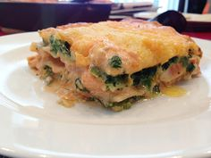 Lachs-Lasagne mit Spinat, ein leckeres Rezept aus der Kategorie Fisch. Bewertungen: 809. Durchschnitt: Ø 4,5.