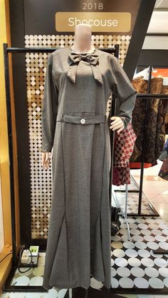 Gamis 061 Rp700 000.00 Material : Semi Wool, Size : Fit to L, Qty : 3pcs, Handmadehttps://shocouse-identity.ecwid.com/#!/Gamis-061/p/100561364