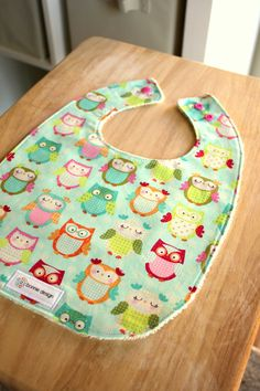 Minty Owls : Plastic Lined Bib. girl owl bib, baby shower owls, owls baby shower