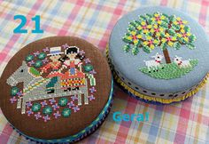Round tin cans 2 Hand Embroidery Dress, Folk Embroidery, Cross Stitch Embroidery, Cross Stitch Patterns, Tent Stitch, Tin Cans, Needlepoint, Base, Canning