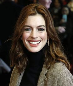 Based on the book of the same name by Joan Didion, this political thriller stars Anne Hathaway as a journalist who decides to step aside from covering the 1984 New Netflix Movies, Netflix Original Movies, Anne Hathaway Hair, Netflix Originals, The Originals, Turtleneck Outfit, Sundance Film Festival, Ben Affleck, He Wants