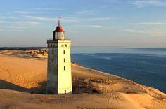 danmark | Løkken, Danmark: Leuchtturm Rubjerg Knude - 1900 eingeweiht zwischen ...