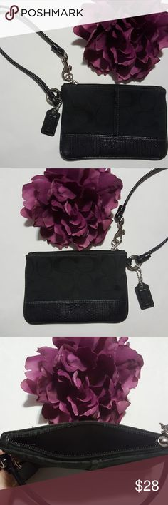 """⚡Just listed ⚡ Coach Signature Wristlet Canvas & Leather Hang tag Silver hardware 6"""" X 4"""" Coach Bags Clutches & Wristlets"""