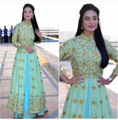 Happy Birthday to the lovely Amrita Rao Indian Gowns, Indian Attire, Indian Wear, Pakistani Outfits, Indian Outfits, Simple Lehenga, Anarkali Dress, White Anarkali, Lehenga Blouse