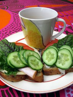 Breakfast with low carb bread