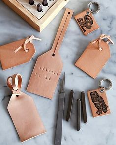 VISIT FOR MORE Find your bag easier with these distinctive DIY bag tags. The post Find your bag easier with these distinctive DIY bag tags. appeared first on Diy. Mens Leather Accessories, Leather Jewelry, Men's Leather, Leather Totes, Leather Pieces, Accessories Store, Vegan Leather, Diy Bag Tags, Sacs Tote Bags