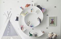 Per dare stile e carattere agli ambienti potete scegliere una libreria di design famosa, che arrederà in modo elegante ed essenziale! www.arredamento.i... #libreria #design #famosa