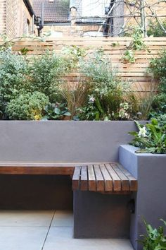 Relaxing Diy Concrete Garden Boxes Ideas To Make Your Home Yard Looks Awesome 24 Wooden Bench Seat, Patio Bench, Patio Wall, Planter Bench, Garden Benches, Planter Boxes, Wall Seating, Outdoor Seating Areas, Patio Seating