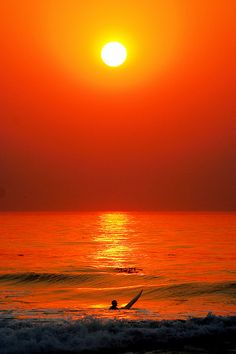 Surfing the Fire Sunset | Flickr: Intercambio de fotos