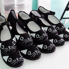 Hey, I found this really awesome Etsy listing at https://www.etsy.com/listing/265734598/cat-shoes-embroidered-kitty-flats-mary