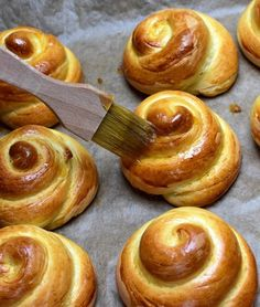 Bakery Recipes, Onion Rings, Salad Dressing, Doughnut, Sausage, Bread, Ethnic Recipes, Sweet, Desserts