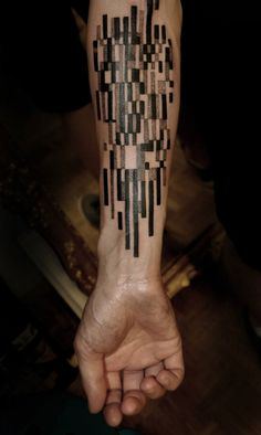 Geometric tattoo | Marcin Aleksander Surowiec | b&w | arm