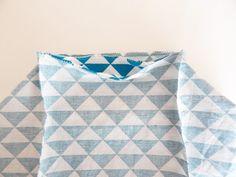 Tuto pour réaliser un panier de rangement | Quilts, Blanket, Sewing, Home, Crochet, Diy, Necklaces, Ornaments, Storage Organizers