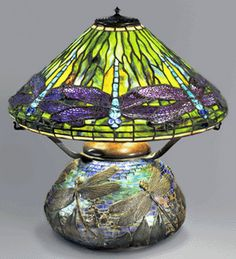 """Clara Driscoll's, not Louis Comfort Tiffany's, Prize """"Dragonfly"""" Lamp"""