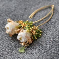 #earrings #lampwork #flower #dangle #Drop #floral #Lampwork #Earrings #Flower #Floral #Glass #JewelryBeadsByKatie #Artisan #Handmade #Jewelry