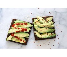 We Love Avocado Toast! This just looks pretty. And spicy. So pretty, so spicy. #SELFmagazine