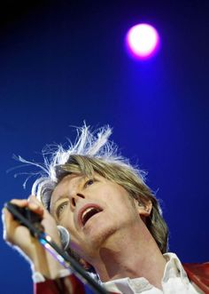 David Bowie at the Olympia Paris, September 24, 2002