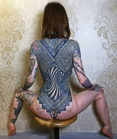 "1,509 Likes, 69 Comments - Tattoo Gallery (@geometric_ink) on Instagram: ""Artist @glenncuzen"""
