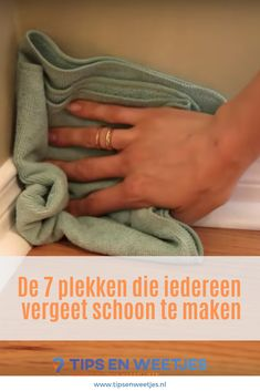 From 7 plekken die iedereen vergeet schoon te maken Finest Image For Beaute Ideas brand For Your Style You're in search of one thing, and. Beauty Tips For Teens, Beauty Tips For Face, Natural Beauty Tips, Beauty Hacks, Natural Hair Styles, Diy Cleaning Products, Cleaning Hacks, Home Management, How To Introduce Yourself