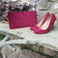 Bald online erhältlich: Die ShoeVita Clutch passend zu den Schuhen. Wenn ihr schon jetzt die passende Tasche zum Schuh haben möchtet sendet einfach eine Email an unsere Style Experten styleberatung@shoevita.de  #tasche #clutchbag #shoes #shoevita