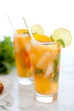 Ginger Peach Mojito Mocktail | Snixy Kitchen