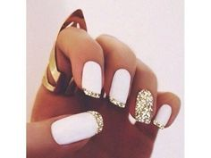 nail polish jewels gold rings